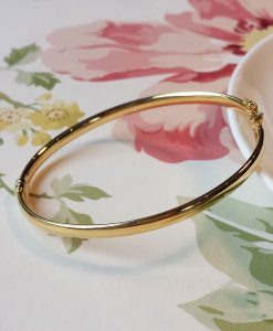 9ct Yellow Gold Oval Bangle