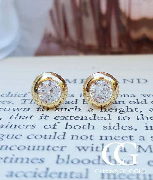 round gold earrings white flat stud cut asp diamond frosted p