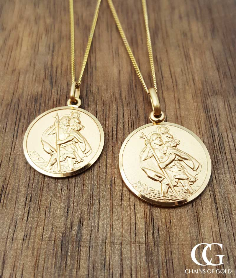 fine 9ct yellow gold st christopher medal necklace medium. Black Bedroom Furniture Sets. Home Design Ideas