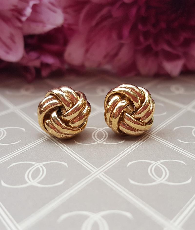 fd1d78499 Ladies Pretty 9ct Yellow Gold Fancy Knot Stud Earrings