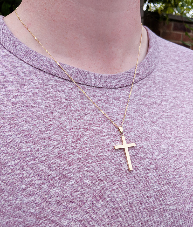 3cbc2c6ec Personalised 9ct Solid Yellow or White Gold Cross Pendant Necklace