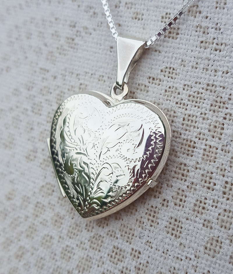 """Personalised Solid Sterling Silver Open Heart Locket Necklace 18/"""" 20/"""" ENGRAVE"""