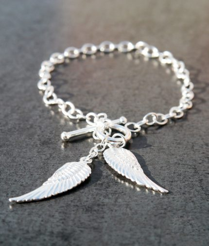 Sterling Silver t-bar bracelet with angel wings
