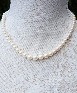 Graduated White Freshwater Pearl Necklace 17""