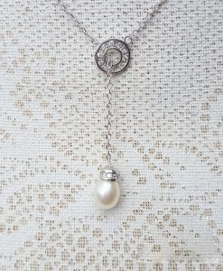 Silver Lariat necklace with a sparkling slider and a pearl pendant