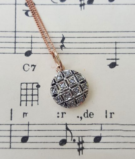 Gold and diamonds vintage pendant with diamonds in rose gold