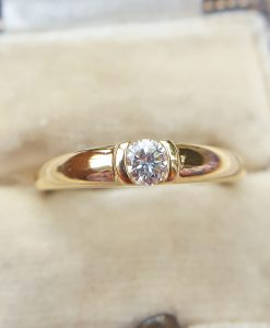 18ct Yellow Gold Bezel Set Diamond Solitaire Ring