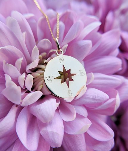 9ct Yellow Gold Compass Pendant Necklace