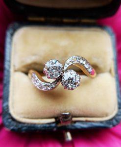 7decf79f5 Shop for beautiful antique engagement rings & vintage rings online, UK