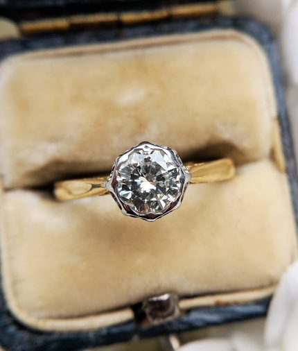 Vintage 18ct Yellow Gold Single Diamond Solitaire Ring 0.65cts