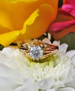 18ct Yellow Gold Mens Vintage Diamond Ring 1.09cts