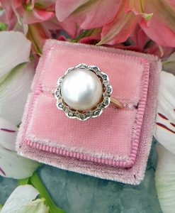 Elegant 14ct Yellow Gold Diamond and Freshwater Pearl Cocktail Dress Ring