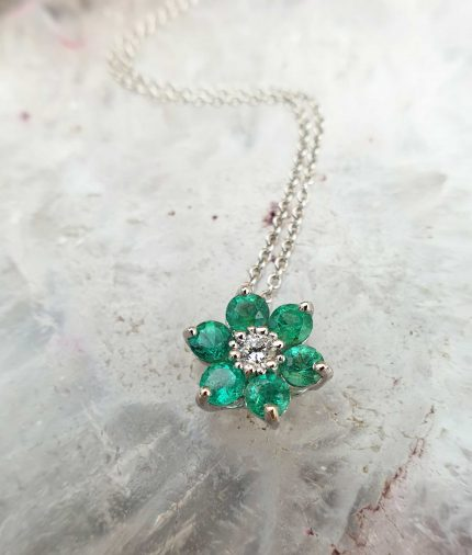 18ct White Gold Emerald Shaped Flower Necklace