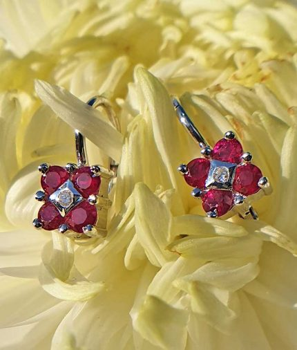 18c white gold flower shaped Ruby and Diamond Earrings