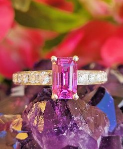 Natural 1.80cts Pink Sapphire & Diamonds Platinum Engagement Anniversary Ring